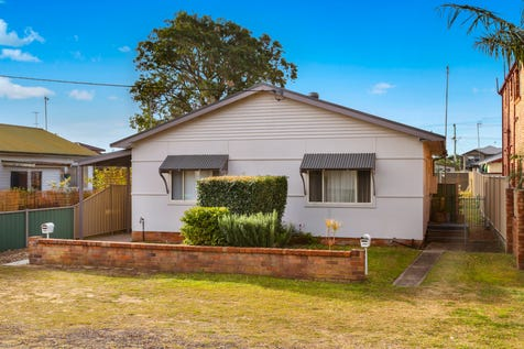57 Bangalow Street, Ettalong Beach, 2257, Central Coast - House / Exceptional Opportunity / Toilets: 2 / $820,000
