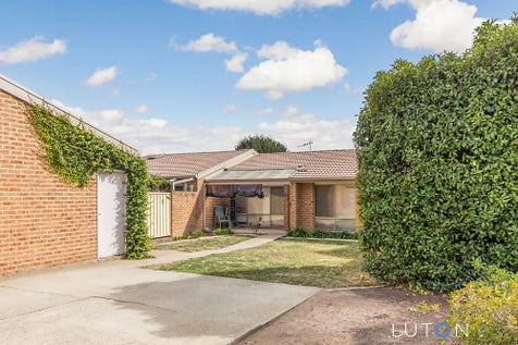 5/39 Walker Crescent, Jerrabomberra, 2619, Unspecified - Townhouse / Ideal for First Home Buyer & Investor / Carport: 2 / Garage: 1 / $425,000