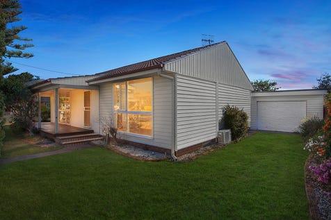 1 Conden Place, Canton Beach, 2263, Central Coast - House / Beach cottage on corner block / Carport: 1 / $500,000