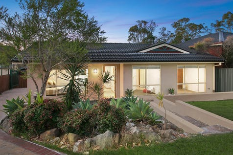 25 Rays Road, Bateau Bay, 2261, Central Coast - House / Location, light space and separate studio / Carport: 1 / P.O.A