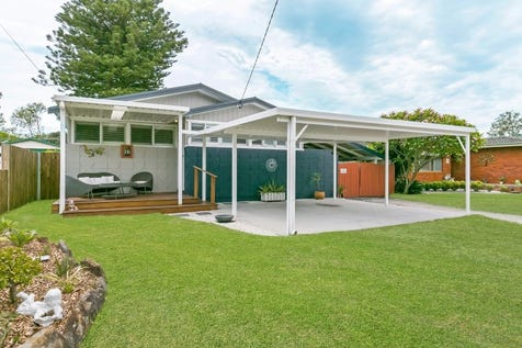 16 Carpenter Street, Umina Beach, 2257, Central Coast - House / Great Family Home or Investment! / Garage: 2 / $620,000