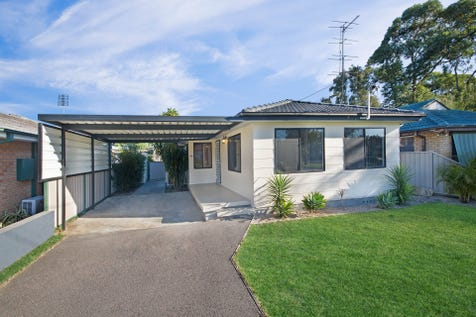44 Dunalban Avenue, Woy Woy, 2256, Central Coast - House / Approved House & Granny $900 per week / Garage: 1 / $879,000