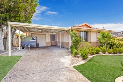 9 Timbara Crescent, Blue Haven, 2262, Central Coast - House / SINGLE LEVEL LOW MAINTENANCE HOME! / Carport: 1 / Garage: 1 / Air Conditioning / $490,000