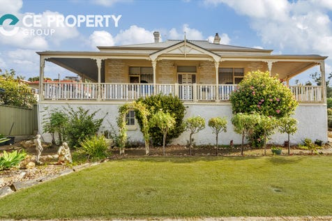 73 Cliff Street, Mannum, 5238, Murraylands - House / Character 1900's Home—Simply Gorgeous / Garage: 4 / P.O.A