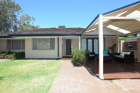 9 Ewell Street, Morley, 6062, North East Perth - House / WOW, GREAT BUYING!! / Courtyard / Deck / Fully Fenced / Shed / Secure Parking / Dishwasher / Study / $459,000
