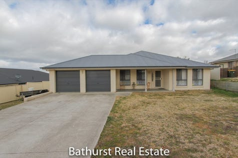 23 Sundown Drive, Kelso, 2795, Central Tablelands - House / MUCH TO OFFER / Shed / Garage: 2 / Built-in Wardrobes / Dishwasher / Ducted Heating / Split-system Air Conditioning / Ensuite: 1 / Toilets: 2 / $395,000
