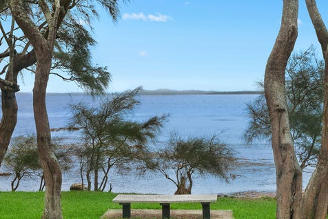14 Marine Parade, Rocky Point, 2259, Central Coast - House / Lakehouse hideaway / Garage: 3 / $850,000