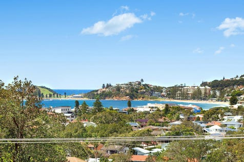 45 Dover Road, Wamberal, 2260, Central Coast - House / Stylish Family Home, Stunning Beach and Lagoon Views / Garage: 1 / $1,600,000