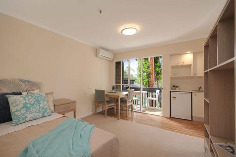 215/36-42 Cabbage Tree Road, Bayview, 2104, Northern Beaches - Retirement Living / Move in ready! / Garage: 1 / $175,000
