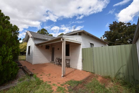3 Wall Street, Cudal, 2864, Central Tablelands - House / Price Reduced To Sell - It's A Bargain. / Garage: 2 / Secure Parking / Toilets: 1 / $160,000