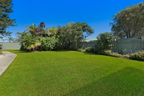 95 Tuggerawong Road, Wyongah, 2259, Central Coast - House / LARGE BLOCK, 150 METERS TO BOAT RAMP, WITH WATER VIEWS! / Garage: 2 / $580,000