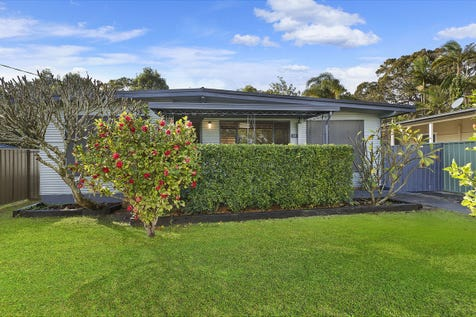 11 Michele Avenue, Noraville, 2263, Central Coast - House / SOLD SOLD SOLD BY BRENDAN JAMES 0422 851 384! / Carport: 1 / Garage: 2 / $460,000