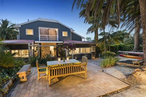 "1176 Barrenjoey Road, Palm Beach, 2108, Northern Beaches - House / ""Arcadia"" - 200m to Pittwater, 350m to Beach / Open Spaces: 2 / P.O.A"