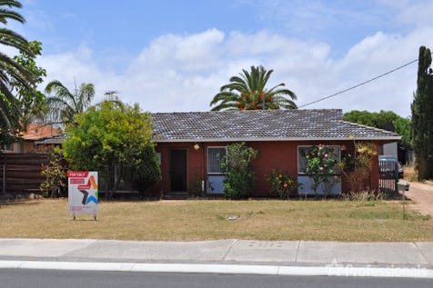 17 Forden Street, Mount Tarcoola, 6530, Central Coast - House / Cheap-But Not Nasty / Garage: 1 / Toilets: 1 / $199,000