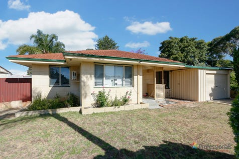 26 Winterton Way, Girrawheen, 6064, North East Perth - House / VALUE BUYING / Garage: 1 / Air Conditioning / Toilets: 1 / $349,000
