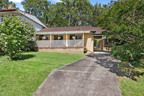 14 Donald Avenue, Kanwal, 2259, Central Coast - House / Open Home Saturday 10am / Carport: 2 / $420,000
