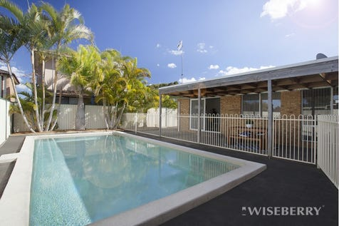 14 Thomas Walker  Drive, Chittaway Bay, 2261, Central Coast - House / FULLY RENOVATED FAMILY HOME! / Garage: 2 / $655,000