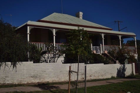 23  Gap Street, Parkes, 2870, Central Tablelands - House / Location / Carport: 1 / $275,000