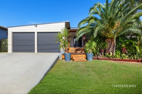 73 Catherine Street, Mannering Park, 2259, Central Coast - House / IT'S A LITTLE DIFFERENT / Garage: 2 / Air Conditioning / $530,000