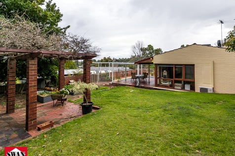 21 Marriott Rd, Boya, 6056, North East Perth - House / LAST CHANCE! Home open this Sunday 11.15 to 11.45 or call for a private viewing! / Carport: 2 / $400,000