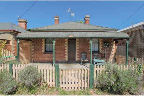 65 Bant Street, South Bathurst, 2795, Central Tablelands - House / RENOVATORS DELIGHT / Carport: 1 / Toilets: 1 / $299,000