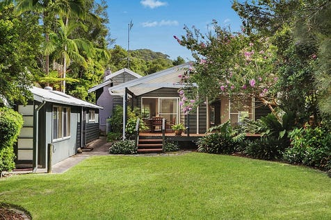 "23 Amethyst Avenue, Pearl Beach, 2256, Central Coast - House / ""Green Cottage"" The Perfect Pearl Beach Residence Or Weekender! / Balcony / Carport: 2 / Garage: 1 / Air Conditioning / Floorboards / Toilets: 2 / P.O.A"