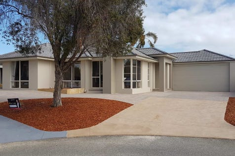 2 and  4 Bittern Court, Stirling, 6021, North East Perth - House / Stunning unique living in Stirling.. / Garage: 2 / Ensuite: 2 / Living Areas: 3 / Toilets: 3 / $700,000