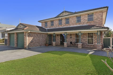 15 Naelcm Avenue, Killarney Vale, 2261, Central Coast - House / Large Family Home with Built In Flat!!! / Garage: 2 / P.O.A