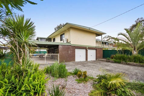 11 Cams Boulevard, Summerland Point, 2259, Central Coast - House / INVESTORS ALERT - TRIPLE POTENTIAL / Garage: 2 / $475,000