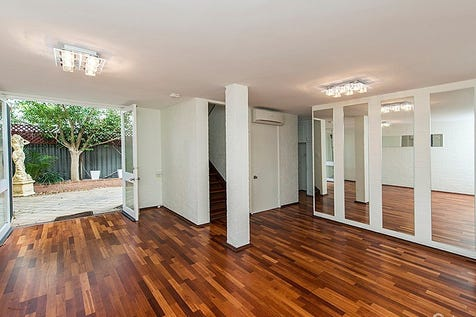 4/140 Subiaco Road, Subiaco, 6008, Perth City - Townhouse / SUBIACO'S BEST VALUE TOWNHOUSE!! / Carport: 1 / Garage: 1 / P.O.A