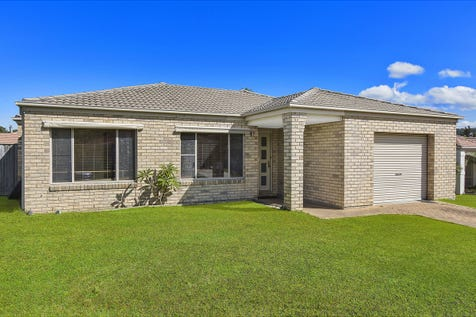 11 Harold Close, Bateau Bay, 2261, Central Coast - House / Ideal first home or Investment / Garage: 1 / P.O.A