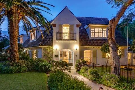 16 Yachtsmans Paradise, Newport, 2106, Northern Beaches - House / Enchanting Level Waterfront Family Home / Garage: 2 / P.O.A