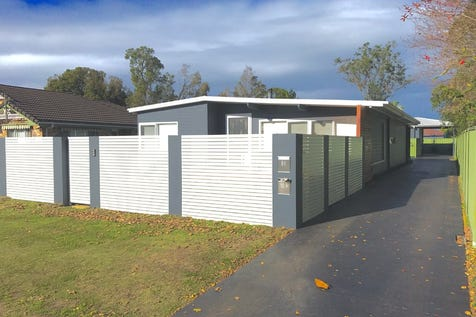 80 Gwendolen Avenue, Umina Beach, 2257, Central Coast - House / STUNNING HOUSE WITH COUNCIL APPROVED GRANNY FLAT / Carport: 1 / Garage: 2 / P.O.A