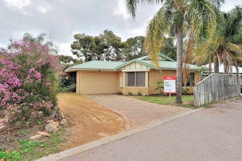 55 Edwards Entrance, Stratton, 6056, North East Perth - House / TUCKED AWAY / Carport: 2 / Secure Parking / Air Conditioning / Toilets: 2 / $345,000