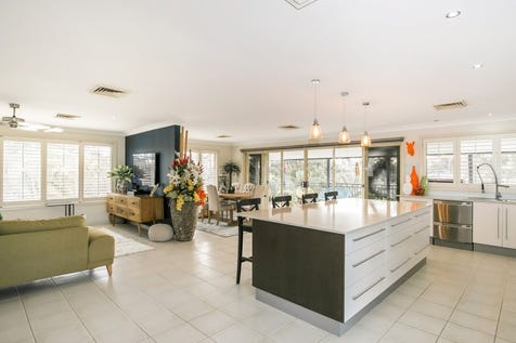 2 Anzac Road, Long Jetty, 2261, Central Coast - House / 5 bedroom house / Balcony / Courtyard / Deck / Fully Fenced / Outdoor Entertaining Area / Outside Spa / Shed / Swimming Pool - Inground / Carport: 4 / Secure Parking / Air Conditioning / Alarm System / Broadband Internet Available / Built-in Wardrobes / $1,355,000