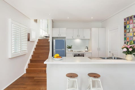5/82 Hutton Road, The Entrance North, 2261, Central Coast - Villa / Free standing townhouse close to the beach / Garage: 1 / $690,000