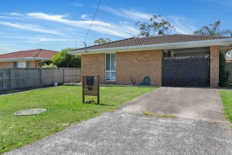 38 Narambi Road, Buff Point, 2262, Central Coast - House / Calling Investors and First Home Buyers / Carport: 1 / $400,000