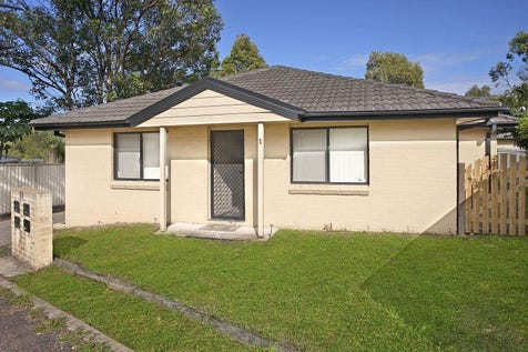 1/59 Clarkson Lane, Lake Haven, 2263, Central Coast - House / Great Investment Opportunity / Fully Fenced / Garage: 1 / $390,000