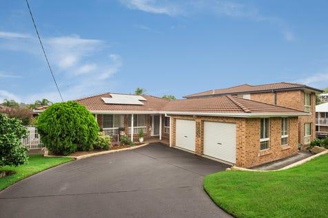 16 Adina Place, Wamberal, 2260, Central Coast - House / Spacious Single level living / Garage: 2 / $830,000