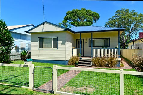 45 Commonwealth Avenue, Blackwall, 2256, Central Coast - House / A great place to call home / Balcony / Swimming Pool - Inground / Garage: 2 / Open Spaces: 1 / Air Conditioning / Floorboards / Toilets: 2 / $720,000