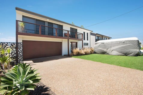 30 Wilfred Barrett Drive, The Entrance North, 2261, Central Coast - House / Ultimate Beachside Lifestyle – Fantastic Family Living & Not A thing To Do / Balcony / Deck / Fully Fenced / Garage: 2 / Air Conditioning / Built-in Wardrobes / Ducted Cooling / Ducted Heating / Rumpus Room / $849,000