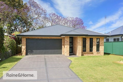 34 Terry Avenue, Woy Woy, 2256, Central Coast - House / BRAND NEW 4 BEDROOM HOME / Garage: 2 / Secure Parking / Toilets: 2 / $795,000
