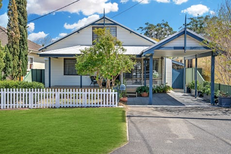 9 Lurline Street, Ettalong Beach, 2257, Central Coast - House / Character, Seaside, Cafe's / Carport: 1 / Air Conditioning / P.O.A