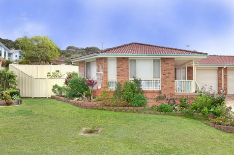 1/3 Robert Place, Bateau Bay, 2261, Central Coast - Villa / Just A Great Place To Live / Balcony / Garage: 1 / Air Conditioning / Toilets: 1 / $530,000