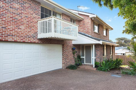 3/37 Havenview Road, Terrigal, 2260, Central Coast - Townhouse / Immaculately presented two story townhouse / Garage: 2 / $700,000