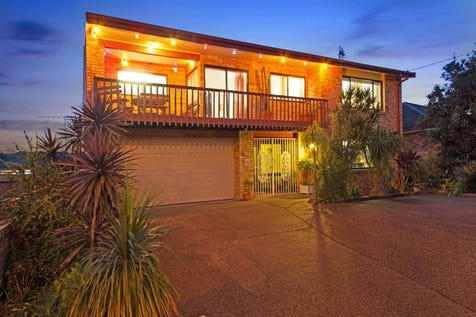 181 Barrenjoey Road, Ettalong Beach, 2257, Central Coast - House / 4 BEDROOM DOUBLE BRICK HOME + CABIN 150 METRES FROM BEACH!!! / Garage: 2 / P.O.A