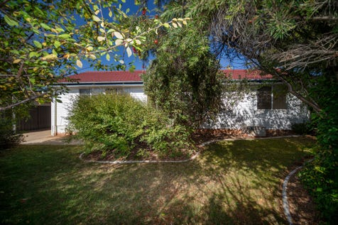3 Boree Place, Narrabundah, 2604, Inner South - House / Inner South Prize - live in, lease or redevelop / Carport: 3 / P.O.A