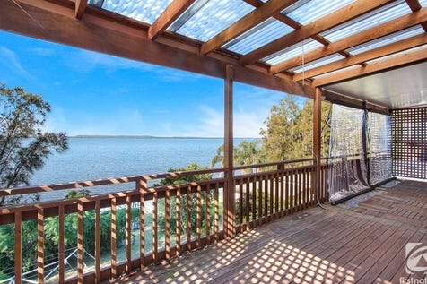 98 Tuggerawong Road, Wyongah, 2259, Central Coast - House / 847sqm Absolute Waterfront / Carport: 1 / Garage: 1 / Dishwasher / $880,000