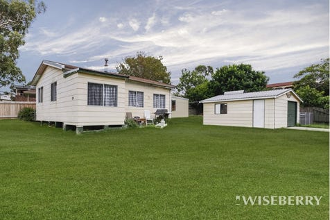 28 Waverley  Road, Mannering Park, 2259, Central Coast - House / 33 DAY SALE - SOLD ON OR BEFORE 2ND MAY 2017 / Garage: 1 / $330,000