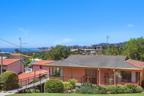 40 Dover Road, Wamberal, 2260, Central Coast - House / Beachside Jewel On Over A Quarter Acre / Garage: 1 / $1,050,000